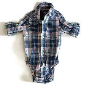 ⭐️3 for $12⭐️ Carter's collared onesie *Size: 3mos